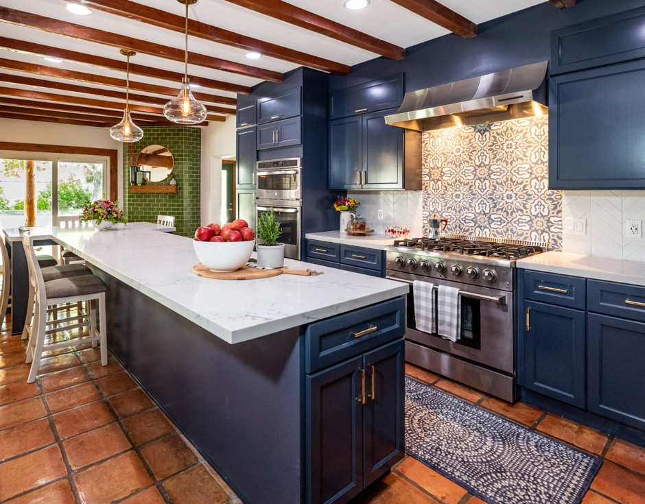 Why We Love Dark Kitchen Cabinets The Scott Brothers