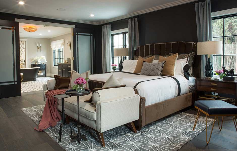 Drew's Honeymoon House bedroom